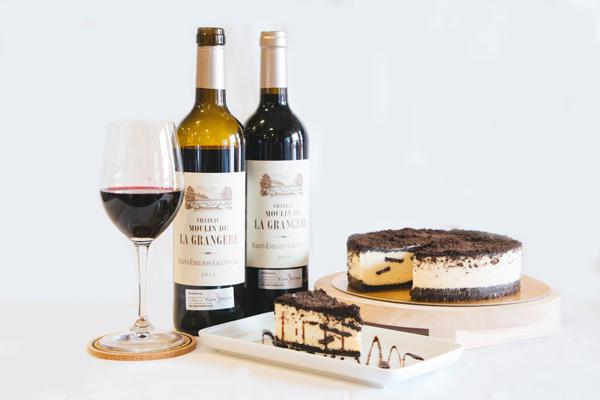 Wine Cheesecake Pair